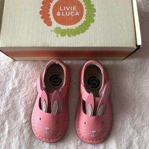 Livie Luca Molly Bunny Shoes Size 5